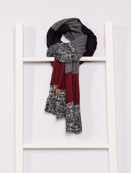 Écharpe maille côtelée                             bordeaux/gris/noir