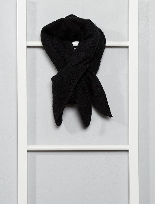 Écharpe triangle en tricot doux                                         noir