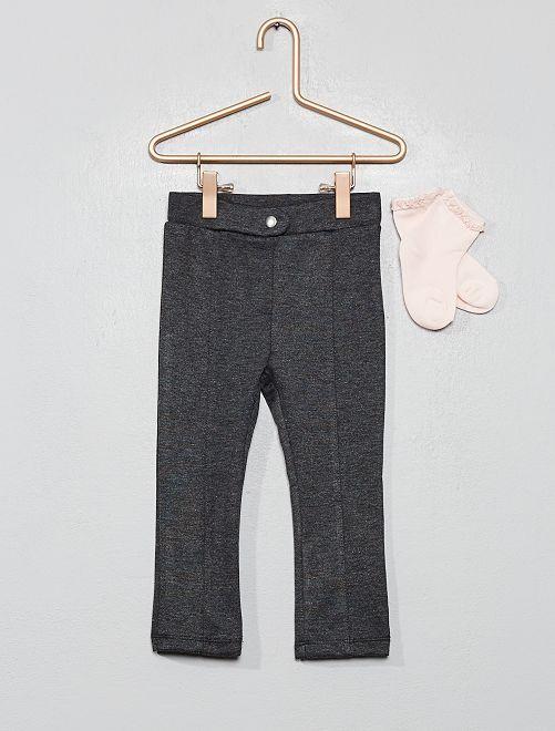 Ensemble pantalon + chaussettes                                                     gris