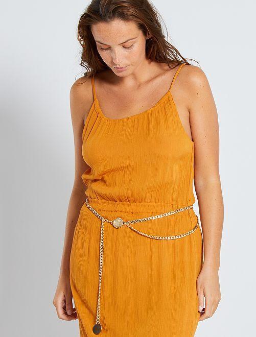 Fine ceinture en chaîne dorée avec médaillons                             doré
