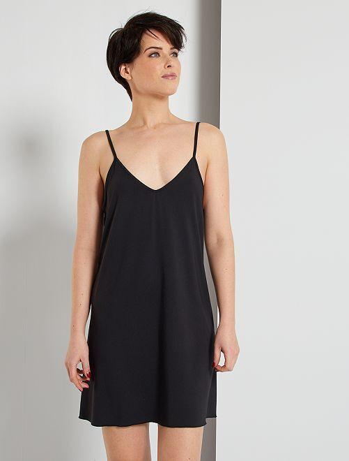 Fond de robe                             noir