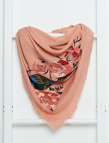foulard carr fluide femme rose kiabi 8 00. Black Bedroom Furniture Sets. Home Design Ideas
