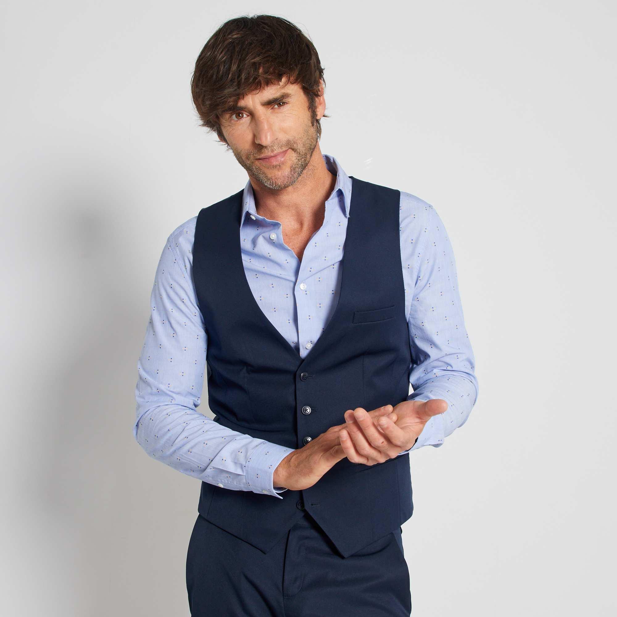 Couleur : noir, bleu marine, ,, - Taille : S, L, XL,M,Le petit gilet esprit 'garçon de café' pour accompagner un costume ou à porter avec un