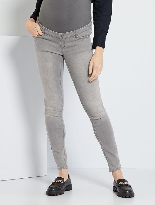 Jean de grossesse coupe skinny                                                                 gris clair