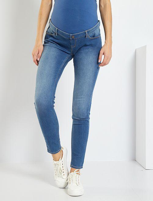 Jean de maternité coupe skinny                                                                 bleu stone Vêtement de grossesse