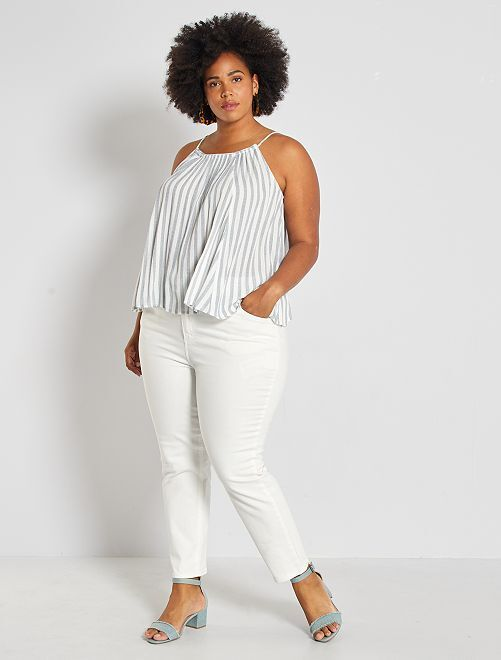 Jean mom 7/8ème en twill stretch                                                     blanc