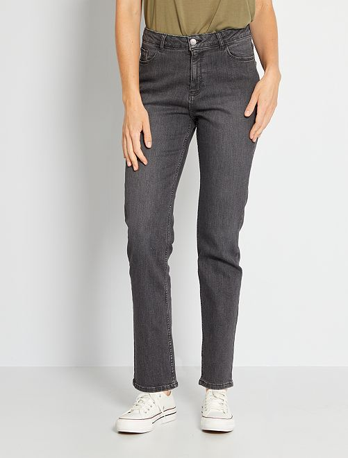 Jean regular longueur US34                                                                                         gris