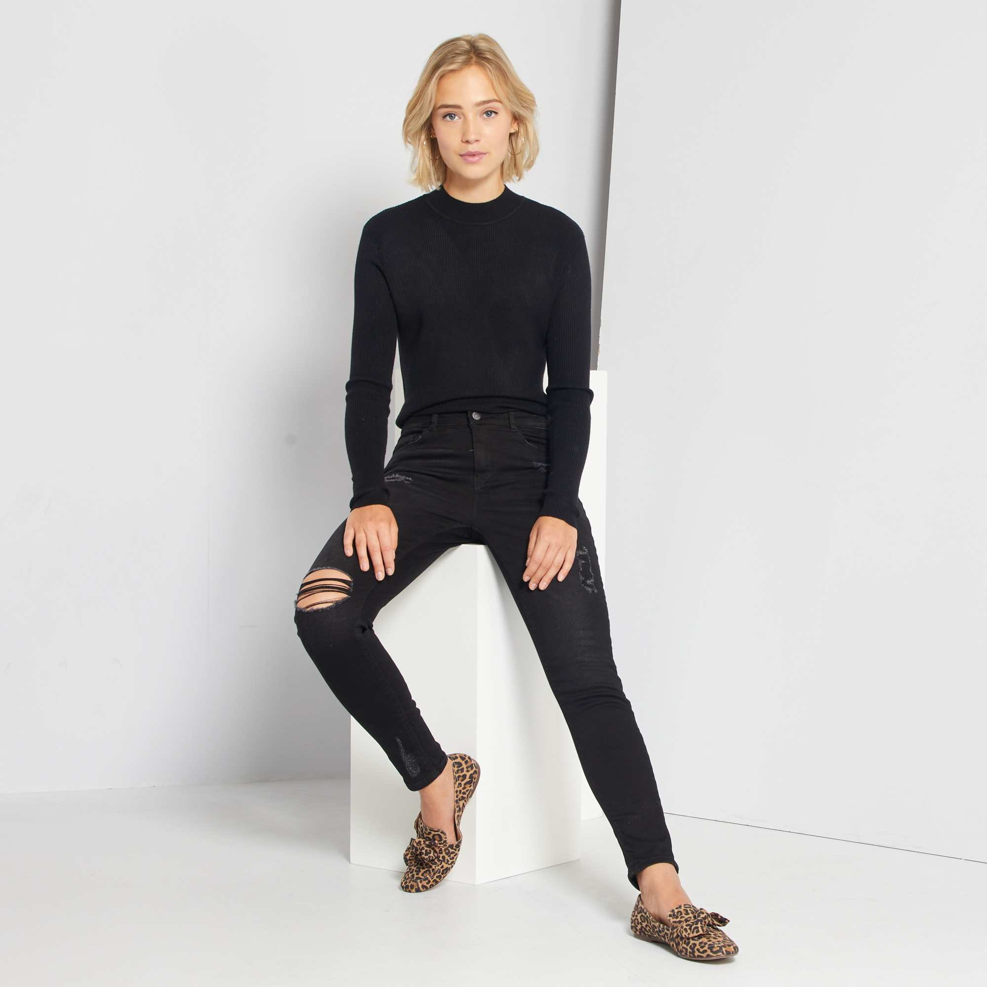 jean skinny abrasions taille tr s haute femme noir. Black Bedroom Furniture Sets. Home Design Ideas