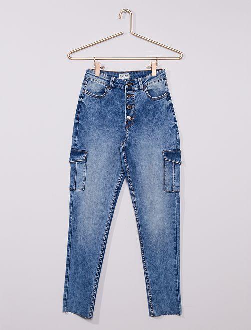 Jean skinny cargo éco-conçu                             bleached