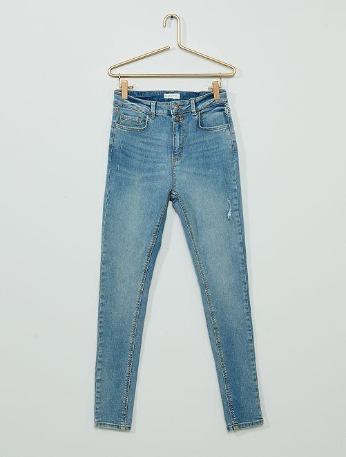 Jean skinny éco-conçu                                                                 bleu clair