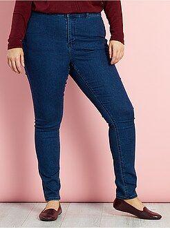 Grande taille femme Jean skinny en denim stretch taille haute