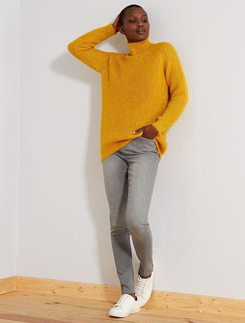 Jean skinny taille haute longueur US 32                                                     gris clair