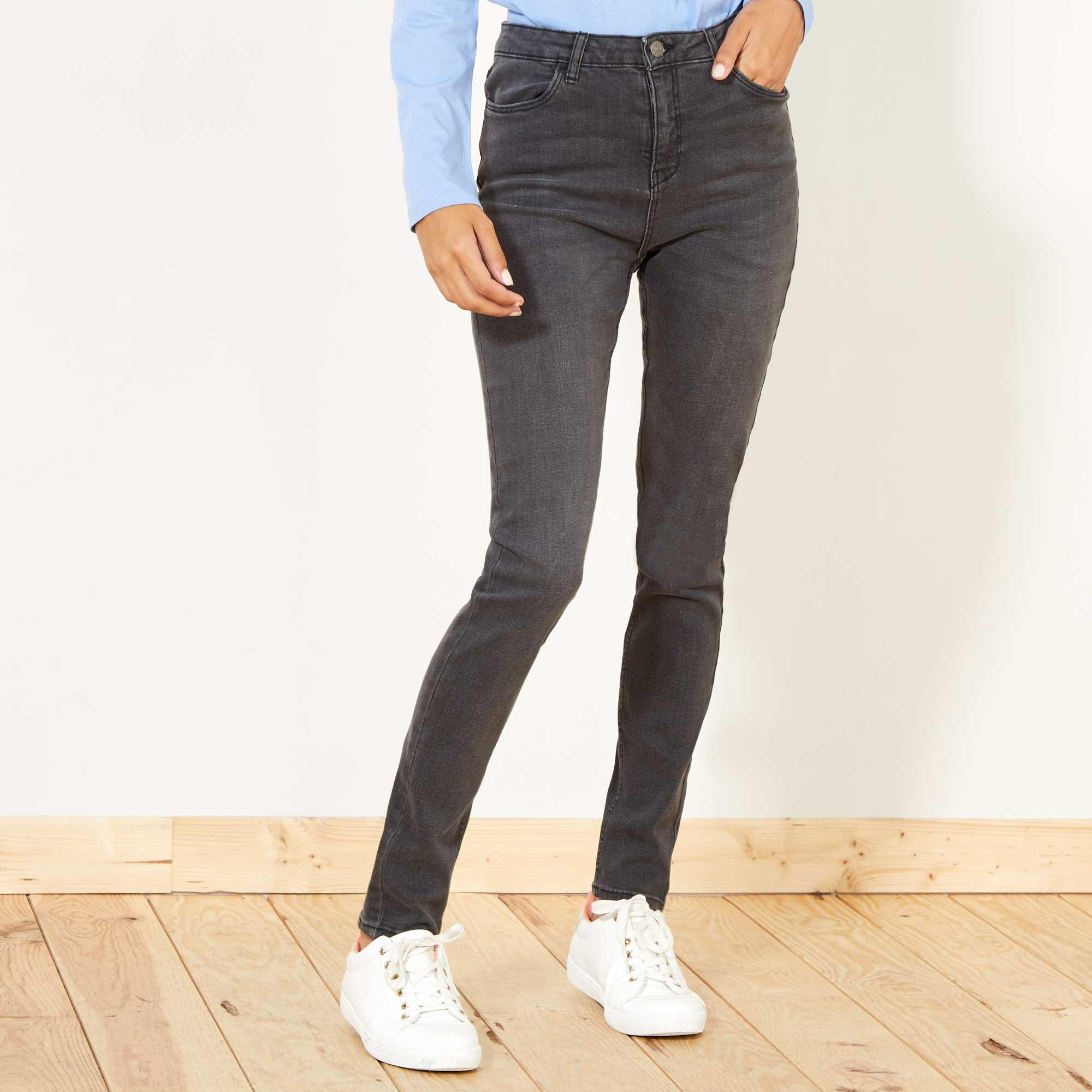 f8d8e579ff Jean skinny taille haute longueur US 32 gris foncé Femme. Loading zoom