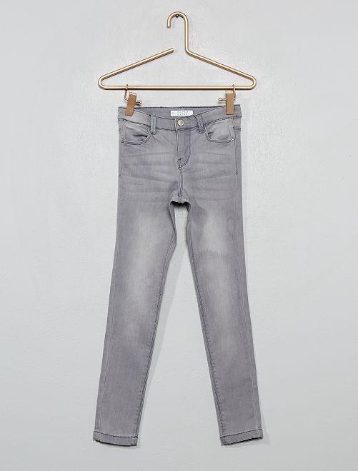 Jean super skinny                                                     GRIS