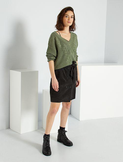 Jupe courte en velours côtelé                             noir