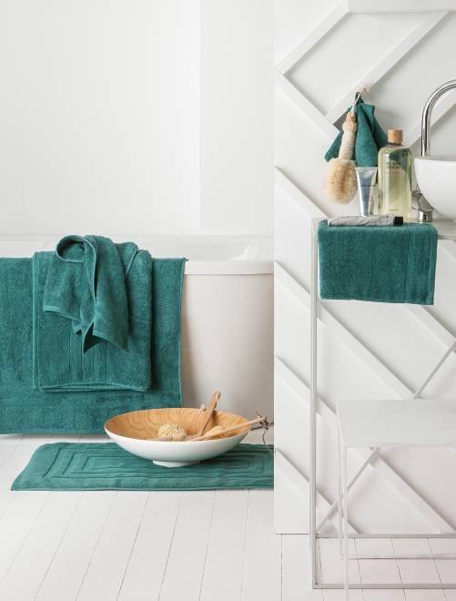 Lot de 2 serviettes 30 x 50 cm 500gr                                                                                                                                         vert émeraude Linge de lit