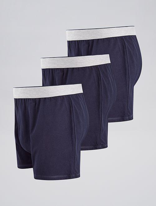 lot de 3 boxers unis grande taille homme gris kiabi. Black Bedroom Furniture Sets. Home Design Ideas