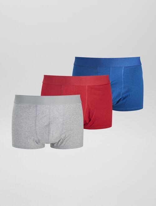 Lot de 3 boxers unis en coton bio                                                     rouge bleu gris