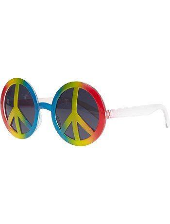 Adoptez le look du parfait hippie avec les lunettes rondes en plastique peace and love ! Ces lunettes ne doivent pas être utilisées comme une protection des yeux contre le soleil.