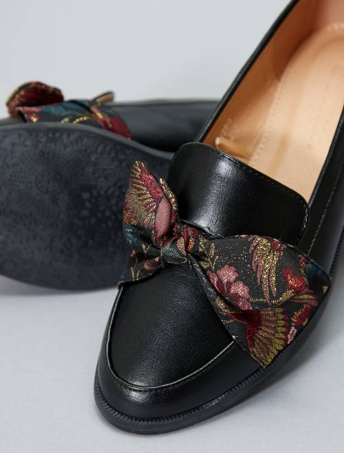 Mocassins en simili avec noeud noir Chaussures