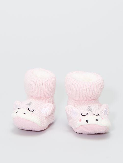 Paire de chaussons en maille côtelée                                         rose