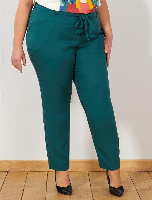 Pantalon à pinces en lyocell                                         vert profond Grande taille femme