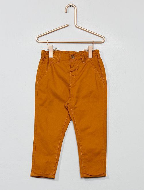 Pantalon chino en twill léger                                                                             jaune safran