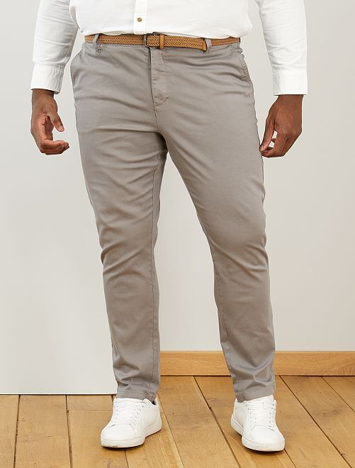 Pantalon chino fitted + ceinture                             gris clair