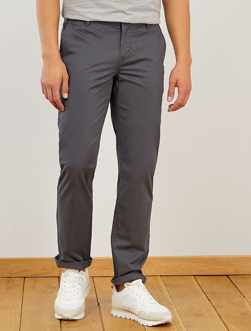 Pantalon chino regular                                                                 gris