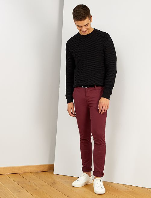 Pantalon chino skinny + ceinture                                         bordeaux