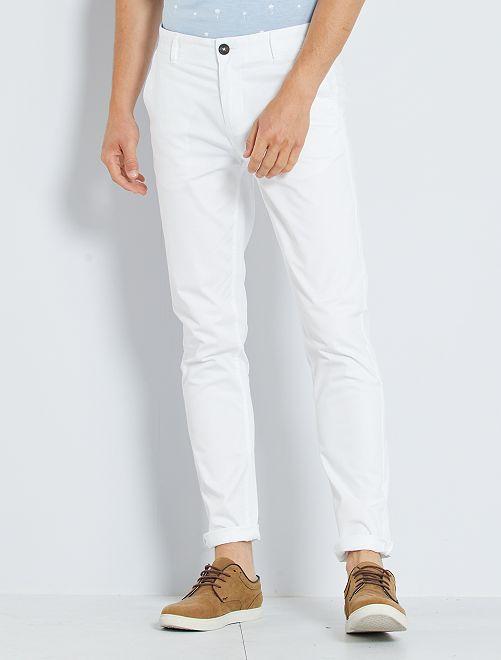Pantalon chino slim                                                                                                                                                                                                                                                                                                                                                                                                     blanc