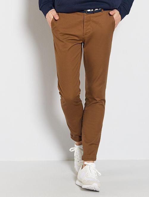 Pantalon chino slim + ceinture                                 marron