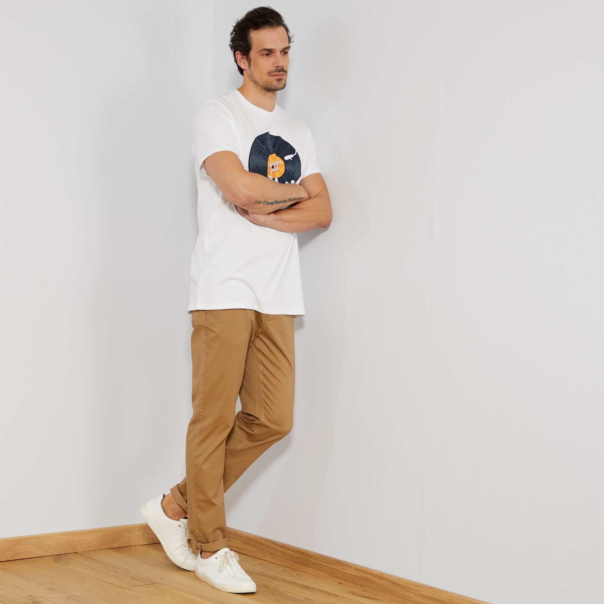 Pantalon beige - Que porter avec un pantalon beige femme ...