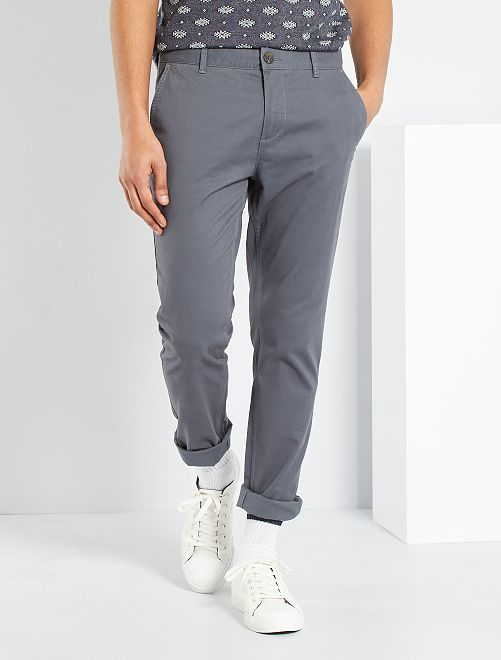 pantalon chino slim twill stretch homme gris kiabi 17 00. Black Bedroom Furniture Sets. Home Design Ideas
