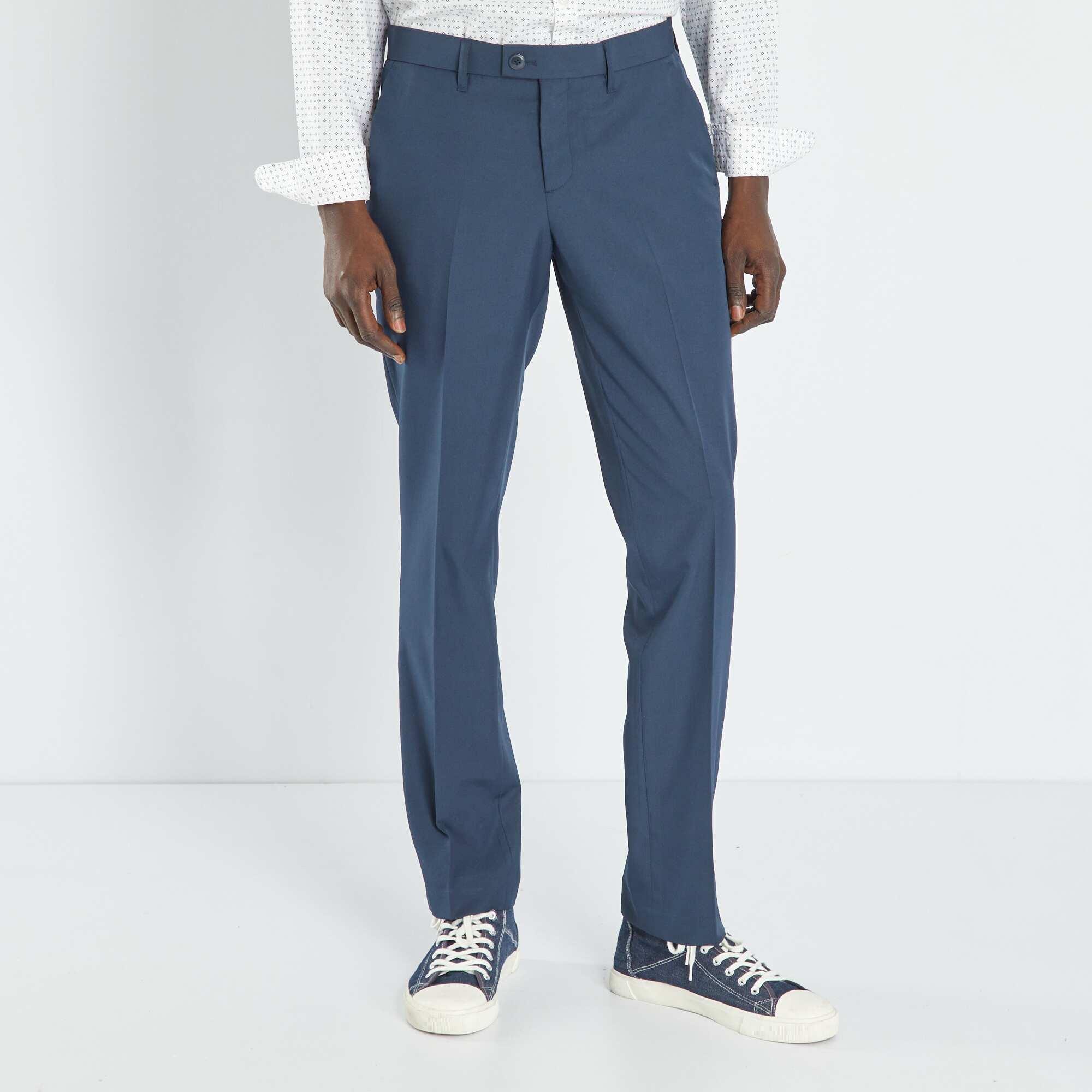 Couleur : noir, bleu marine, bleu,, - Taille : 42, 50, 48,36,38Un joli classique révisité par sa coupe ajustée ! - Pantalon de costume en twill -