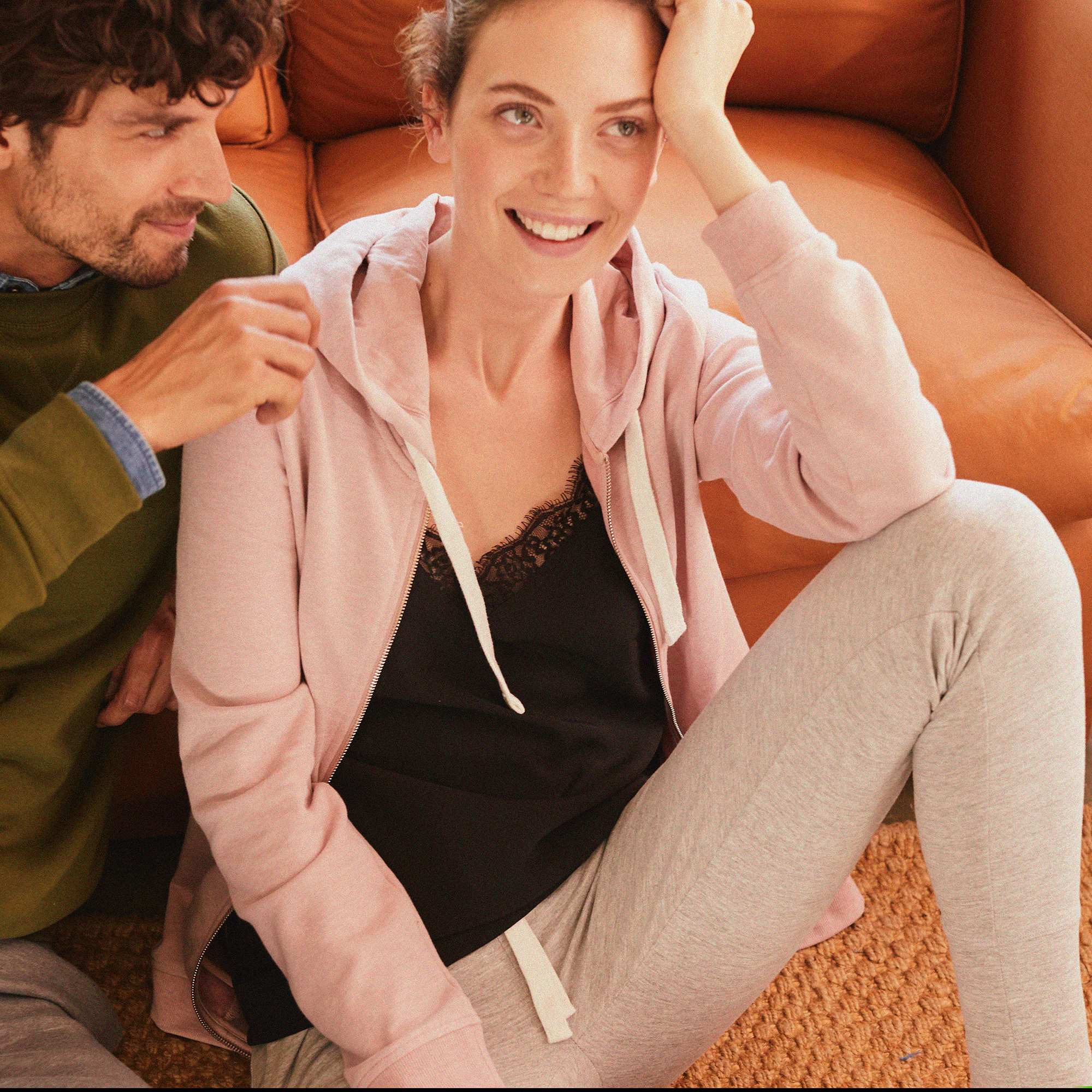 pantalon de sport en molleton femme gris chin clair kiabi 10 00. Black Bedroom Furniture Sets. Home Design Ideas