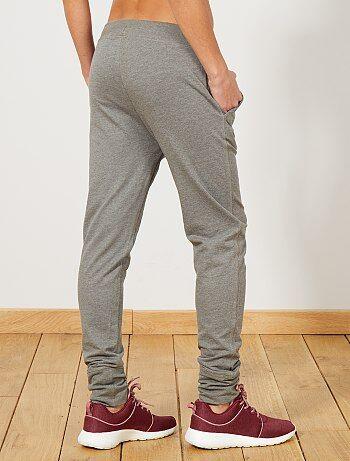 pantalon de sport en molleton femme gris chin moyen. Black Bedroom Furniture Sets. Home Design Ideas