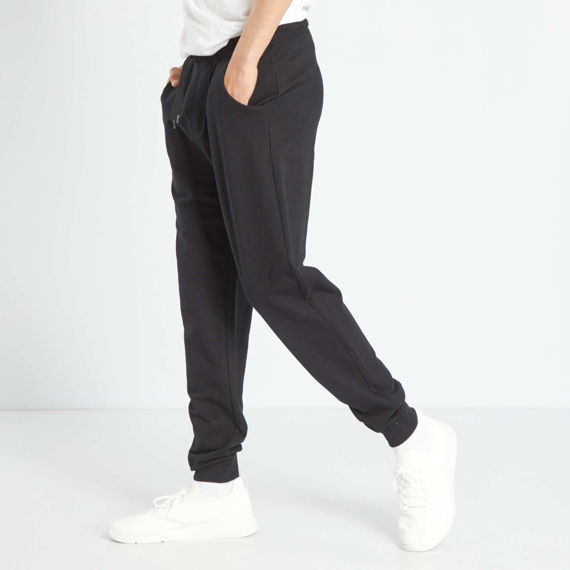 pantalon de sport gar on adolescent noir kiabi 8 00. Black Bedroom Furniture Sets. Home Design Ideas