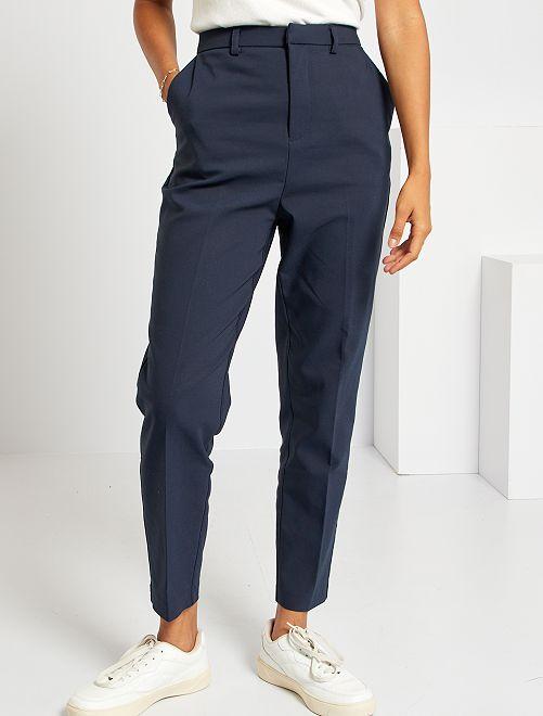 Pantalon droit 7/8ème en tissu stretch                                         bleu marine