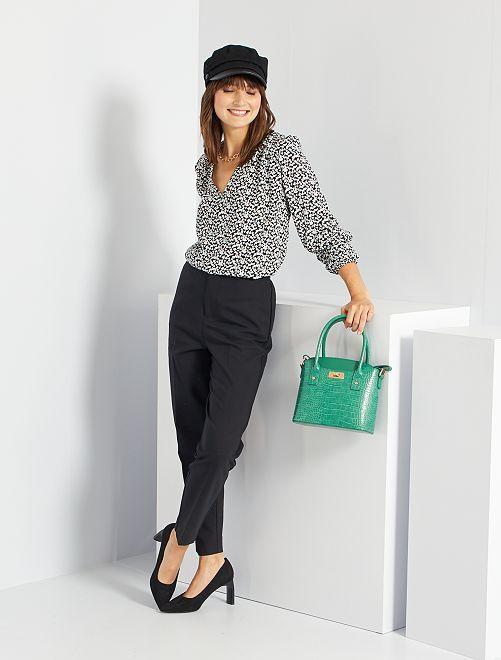 Pantalon droit 7/8ème en tissu stretch                             noir