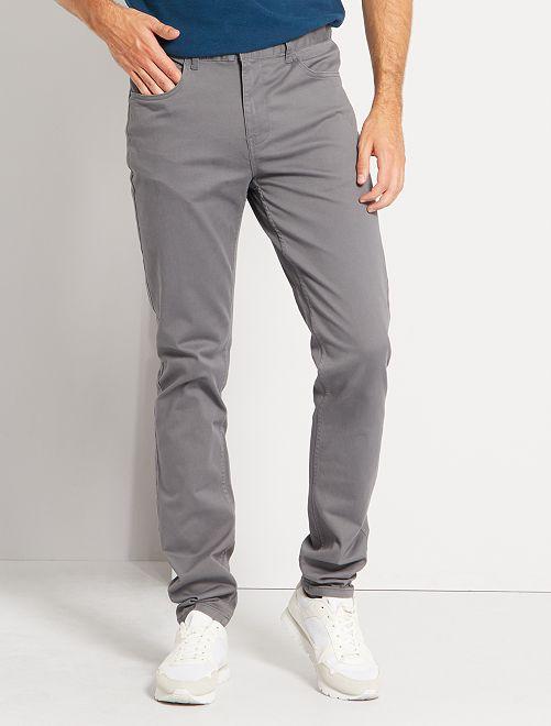 Pantalon fitted 5 poches L38 +1m95                                                                                         gris