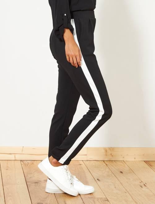 pantalon fluide avec bandes sur le c t femme noir blanc. Black Bedroom Furniture Sets. Home Design Ideas