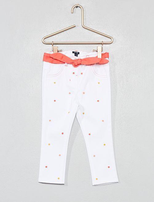 Pantalon pois brodé + ceinture                             blanc