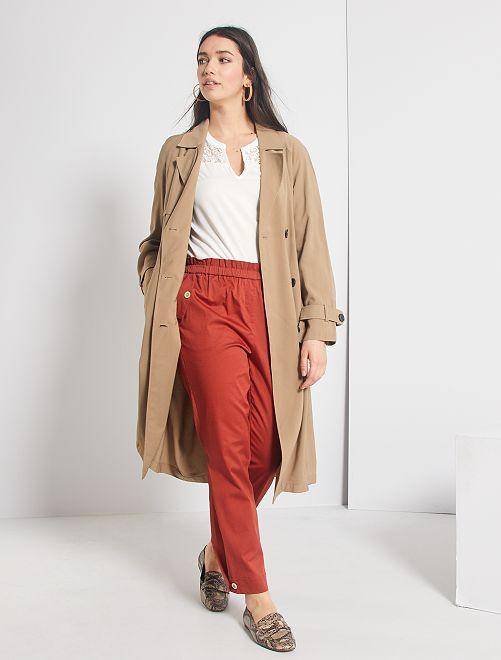 Pantalon regular à taille élastique                                         rouge brique