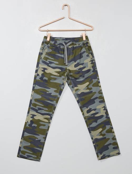 Pantalon regular camouflage                                         kaki