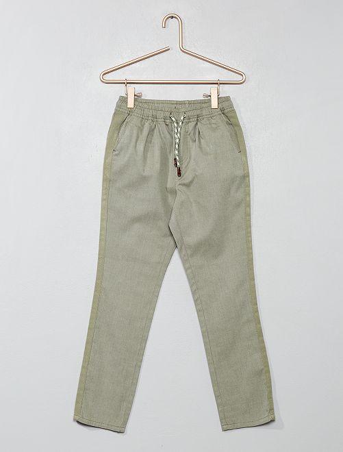 Pantalon regular uni                                                                                         kaki gris Garçon