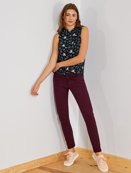 Pantalon slim 5 poches stretch                                                                                                                                                                                                     rouge bordeaux