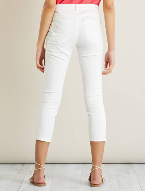 pantalon slim boutonn 7 8 me femme blanc kiabi 12 00. Black Bedroom Furniture Sets. Home Design Ideas