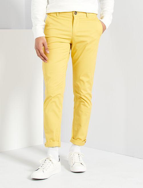 Pantalon slim éco-conçu                                                                                                                                                                                                                                                                                                                                                                 jaune