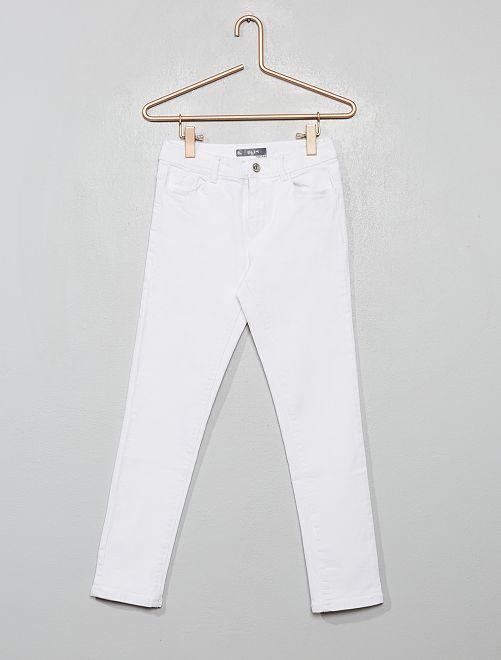 Pantalon slim en denim                             blanc